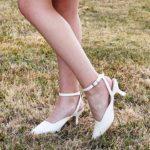 Photo chaussures à talon et sangles blanches Lya Création