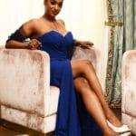 Photo robe Royale complète assise Lya Création